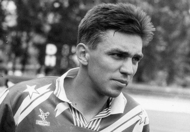 Norbert Hrnčár, strelec posledného nitrianskeho gólu vo Vrábľoch, ako 24-ročný na fotke z jesene 1994.