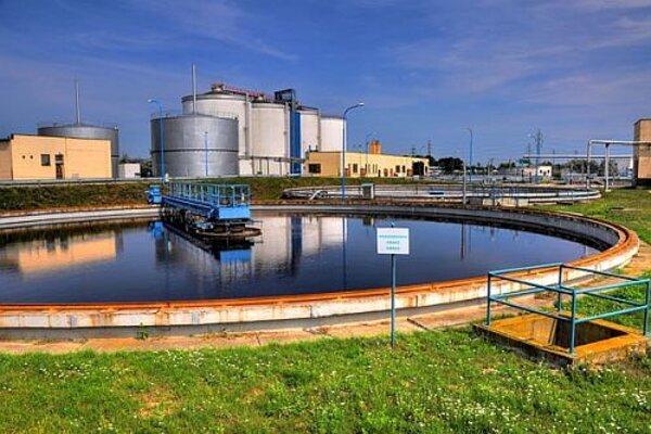 Čistička odpadových vôd v Zelenči.