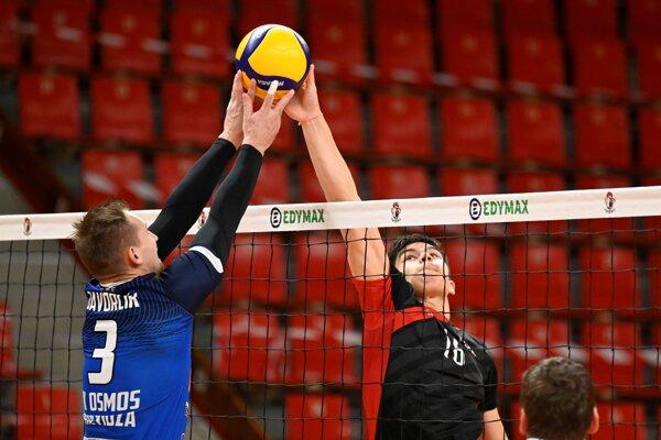 Milan Javorčík (vľ.) je aj aktívne hrajúci volejbalista Prievidze.