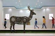 Iránski bratia vytvorili sochy zvierat v životnej veľkosti z kovového šrotu.