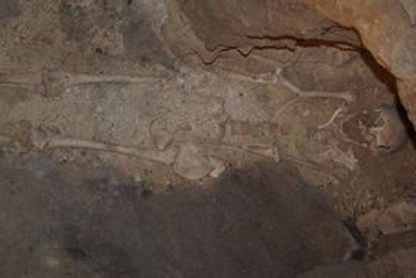 Jedna z piatich ľudských kostier, ktoré sa našli pre archeologickom výskume kazematy.