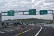 Výjazd z diaľnice D1 v križovatke Prešov, západ.