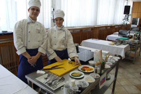 Katarína Hradská a Peter Vívodík hovoria, že dobroty na stole musia byť nielen chutné, ale aj zdravé a lahodiace oku.