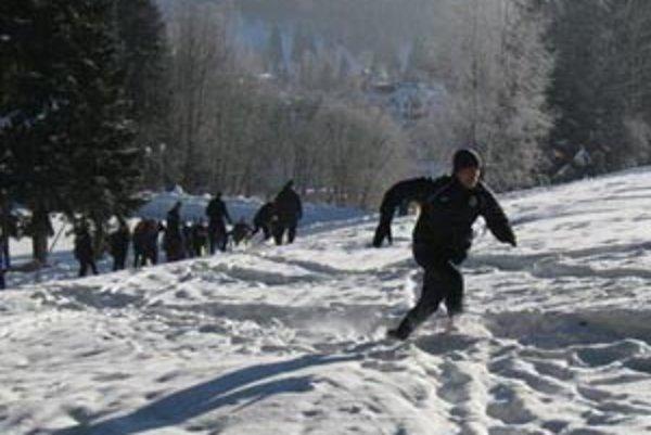 Klasické zimné sústredenie mimo domova si tento rok naplánovali iba štyri štvrtoligové tímy.