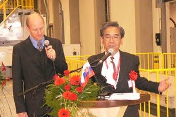 Hiroo Suzuki- prezident spoločnosti Dia Moulding Slovakia.