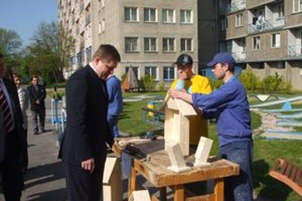 Súťaž murárov otváral premiér Robert Fico.