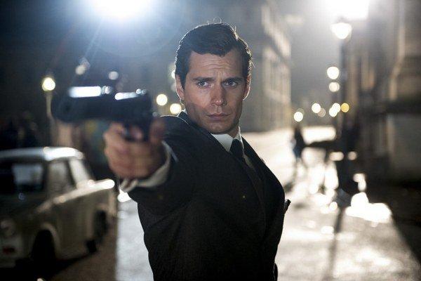 Vo filme Krycie meno U.N.C.L.E by sme našli aspoň troch Jamesov Bondov.