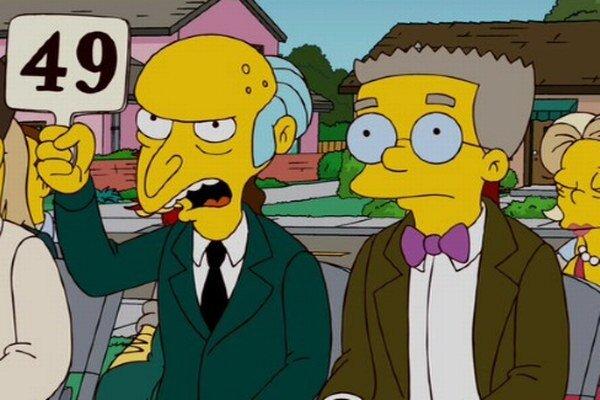 Postavy pána Burnsa a Smithersa budú aj naďalej rozprávať hlasom Harryho Shearera.