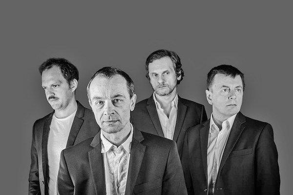 V jednej kapele sa stretol skladateľ Martin Burlas, pianista Peter Zagar aj moderátori z Rádia_FM Baláž a Hubinák.