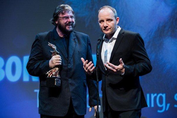 Textár a skladateľ Boris Filan, držiteľ Veľkej ceny SOZA 2013 a riaditeľ SOZA Anton Popovič.