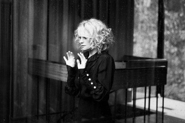 Nový album Goldfrapp pred pár dňami dostal aj podobu krátkeho poetického filmu.