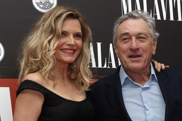 Michelle Pfeiffer a Robert De Niro.