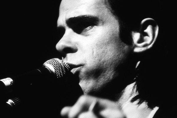 Nick Cave zahrá v sobotu večer na Pohode.