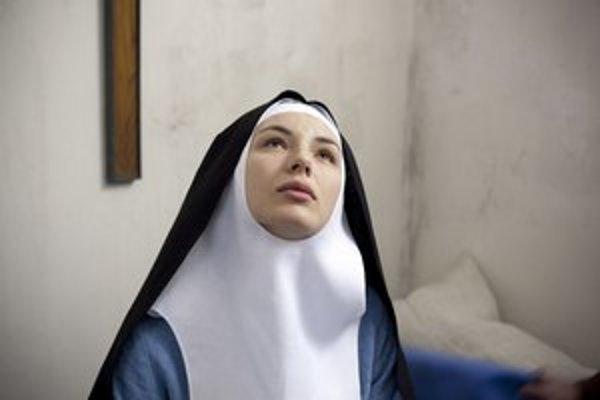 Suzanne Simonin v hlavnej úlohe filmu Mníška.
