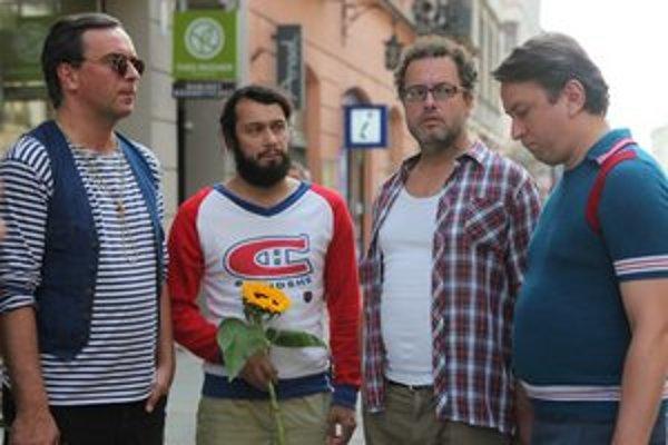 Tomáš Matonoha, Pavel Liška, Josef Polášek a Marek Daniel v komédii Marka Najbrta Polski film.