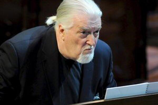 Jon Lord pretlmočil zvuk klávesov do rockovej reči.