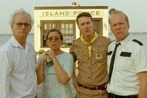 Film Wesa Andersona Moonrise Kingdom s Billom Murrayom, Frances McDormandovou, Edwardom Nortonom a Bruceom Willisom (zľava) otvorí v stredu festival v Cannes.