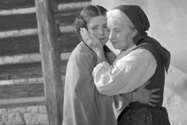 Libuše Šafránková a Jarmila Kurandová ako Babička vo filme z roku 1971.