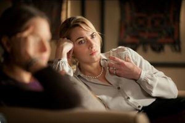 Kate Winslet vo filme Boh masakra.