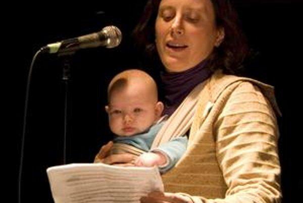 Rodinný príbeh Alison Pickovej zaujal porotu Man Booker Prize.