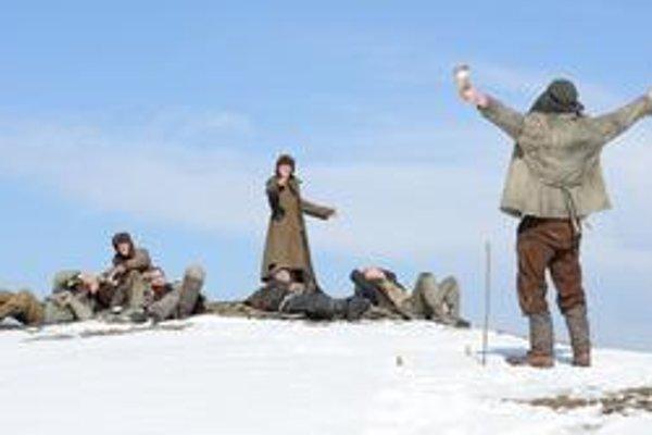Na ceste z ruského gulagu do britskej Indie, vo filmovej verzii Petra Weira.