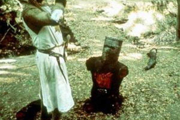 """""""Nič mi nechýba, pokračujme v boji,"""" vraví  rytier v Monty Python a Svätý grál."""