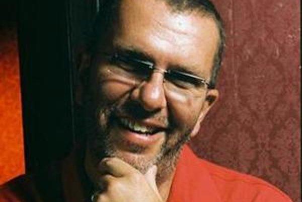 Richard Müller odspieva koncerty Potichu tour aj v komorných, divadelných priestoroch.