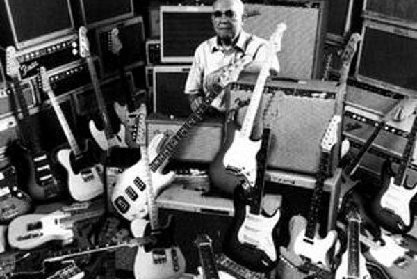 Clarence Leonidas Fender.