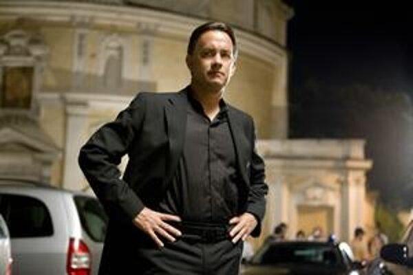 Tom Hanks sa ako profesor Langdon opäť chystá aj do slovenských kín. Vraj to dopadne lepšie, ako naposledy.