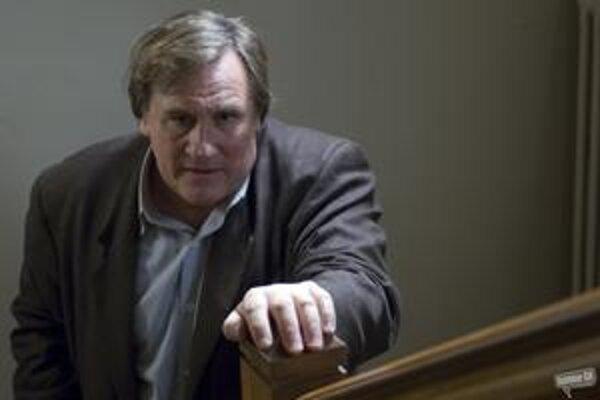 Gérard Depardieu si v najnovšom filme Clauda Chabrola Bellamyho zahral policajta.