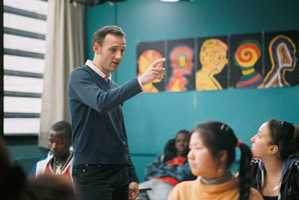 Francois Bégaudeau, spisovateľ a učiteľ a jeho trieda vo filme Medzi stenami.