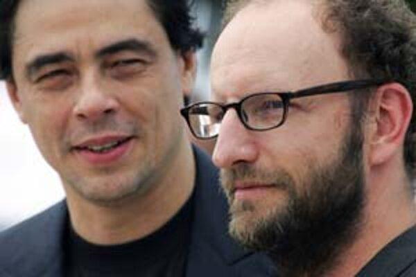 Benicio Del Toro (vľavo) a Steven Soderbergh.