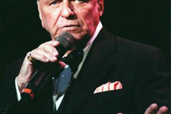 Spevák a herec Frank Sinatra na archívnej snímke z 26.mája 1992.