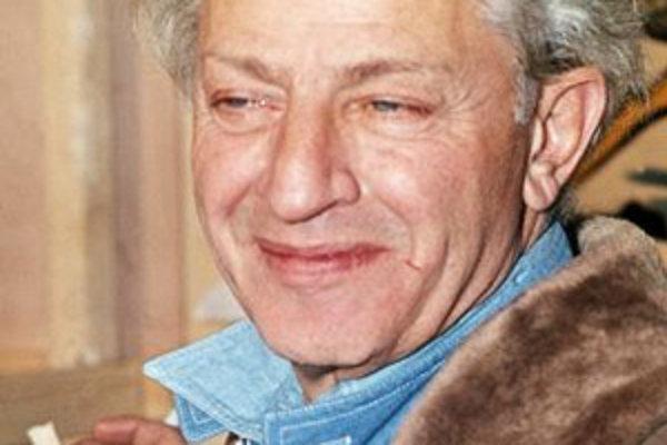- Americký filmový režisér Jules Dassin (na archívnej snímke z decembra 1969 v Paríži) zomrel 31. marca 2008 v Aténach vo veku 96 rokov.