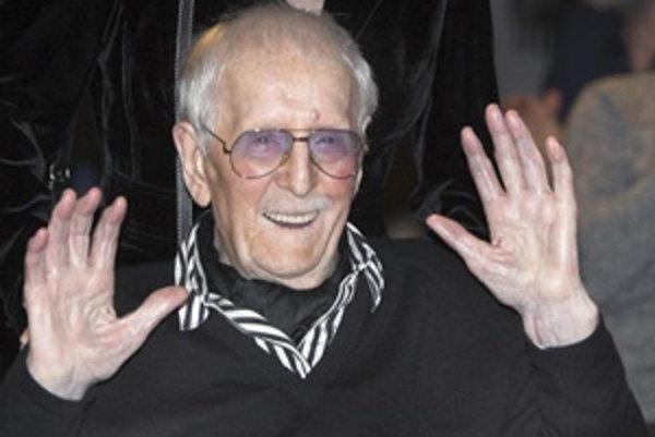 Jeden z najpopulárnejších hercov bývalej Nemeckej demokratickej republiky Erwin Geschonneck zomrel dnes (12. marca 2008) doma v Berlíne vo veku 101 rokov.