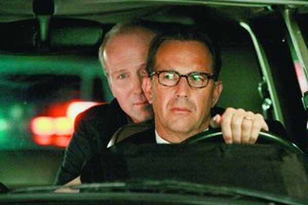 Kevin Costner a William Hurt sú Mr. Brooks.