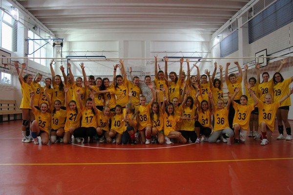V novom volejbalovom klube pôsobí takmer päťdesiat detí