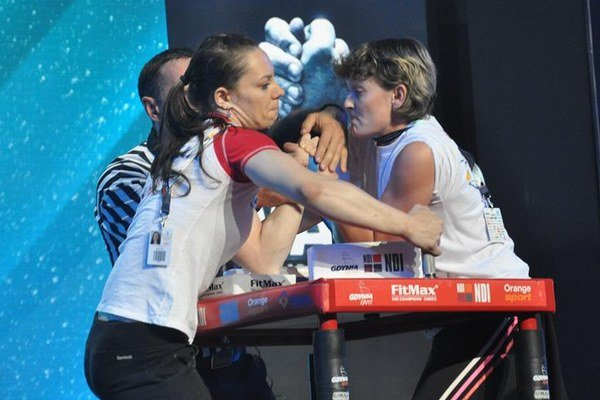 Lucia Debnárová triumfovala na Seneckej ruke v kategórii nad 60 kg.