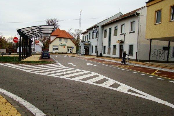 Terminál integrovanej dopravy v Senci.