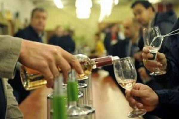 Vinári otvárajú svoje pivnice len dvakrát do roka.