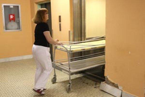 Nemocnice by sa podľa slov župana nemali rozdeľovať na krajské a štátne.