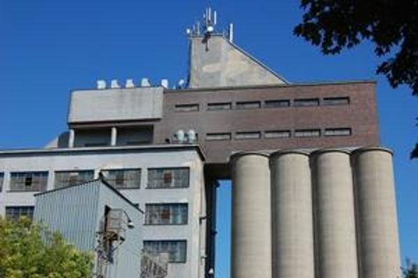 Automatický mlyn na Suchovskej patrí k technickým aj architektonickým skvostom Trnavy.