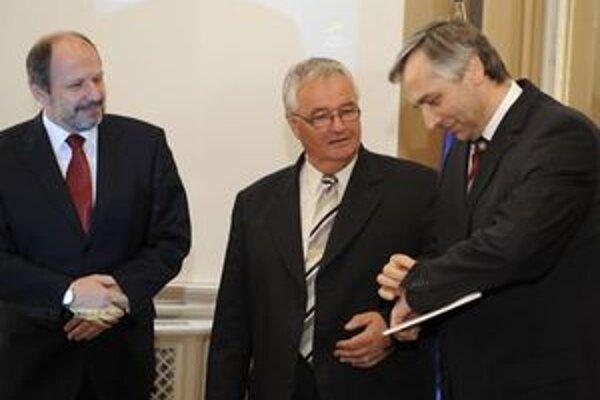 Primátor Trnavy Štefan Bošnák kandidoval za KDH, do parlamentu sa s najvačšou pravdepodobnosťou nedostane.
