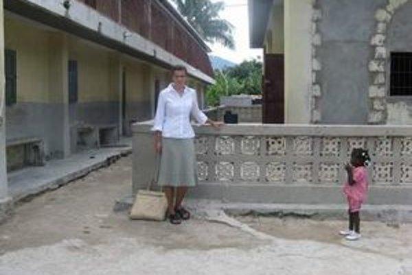 Eva Zelinová sa na Haiti vracia už po tretíkrát. Dva razy tam bola ako učiteľka angličtiny a informatiky.