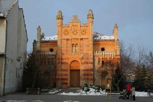 Nadácia Synagóga Vrbové chce priestory synagógy sprístupniť pre ľudí.