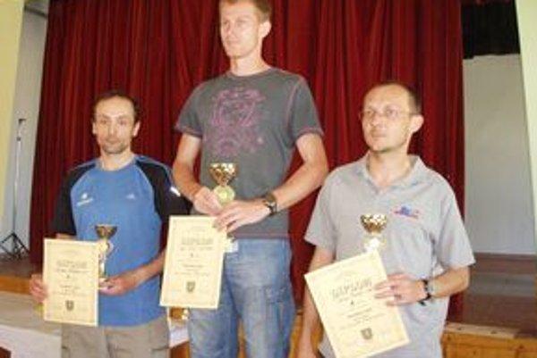 Hlavná kategória do 39 rokov - Tomčány, Fáber, Furár.