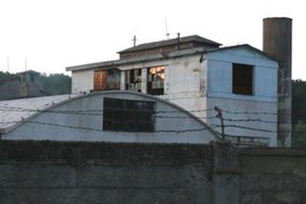 """Bývalý podnik je dnes """"ozdobou"""" Horných Orešian, miestnej časti Majdánske."""