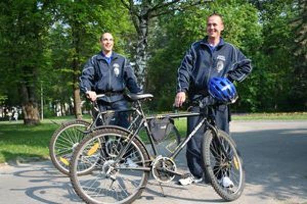 """Piešťanská """"cyklohliadka"""" v parku."""