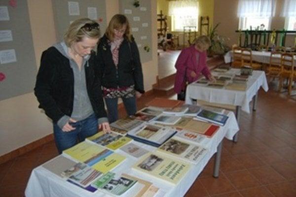 Výstava mapuje diela autorov zo Starej Turej