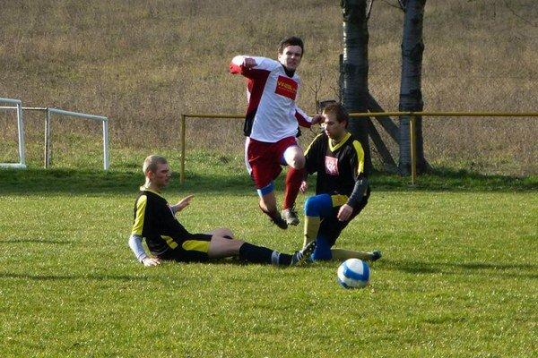Cez víkend začína odvetná časť regionálnych futbalových súťaží.